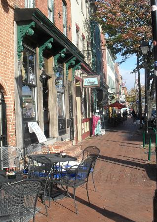 Art Gallery of Fells Point on the Avenue