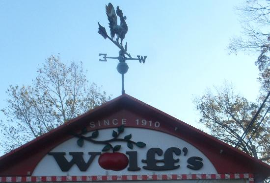 Wolff's Apple House Image