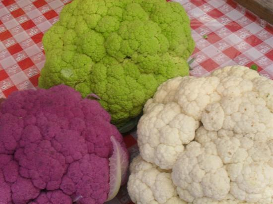 ‪‪Wolff's Apple House‬: Rainbow of Cauliflower