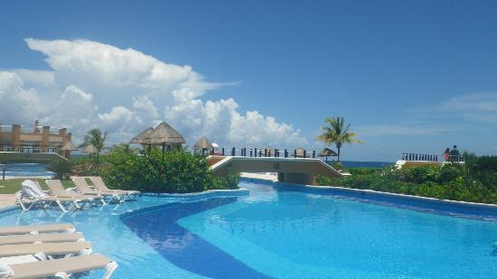 Hard Rock Hotel Riviera Maya: Albercas