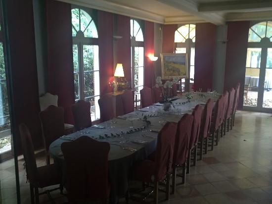 Moulin de la Roque: La salle de restaurant Le matin
