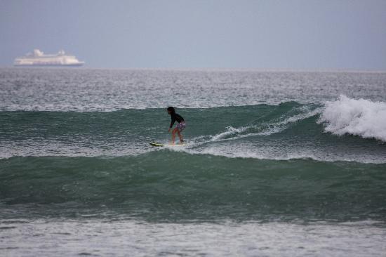Adrenalina Kite & Surf Camp: secret spot intermediate kids lesson