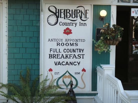 Shelburne Inn: Sign of the Inn
