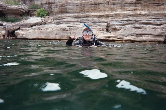 Bull Shoals Lake Boat Dock: Scuba diving at Bull Shoals