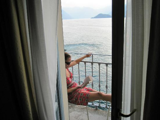 Hotel Metropole Bellagio: Just relaxing on the balcony