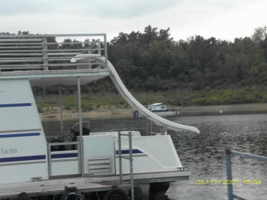 Bull Shoals Lake Boat Dock張圖片