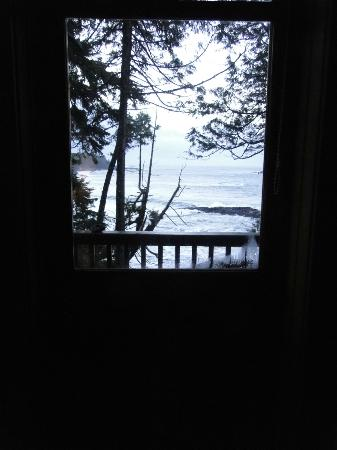 Middle Beach Lodge: Front Door