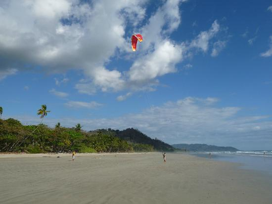 Adrenalina Kite & Surf Camp: KITE LESSON playa hermosa