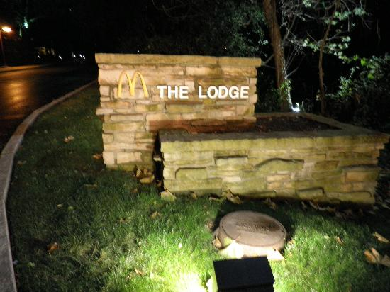 The Hyatt Lodge at McDonald's Campus: The grounds