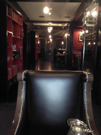 Fitzpatrick Manhattan Hotel: Dining Room Which Services Great Irish Breakfast