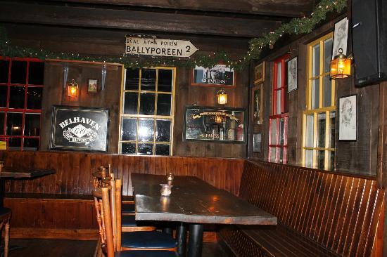 O'Shea's Olde Inne: interno del locale