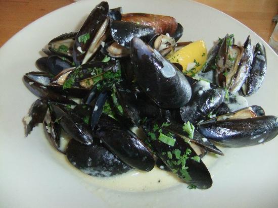 Christopher's Restaurant : Penn Cove Mussels