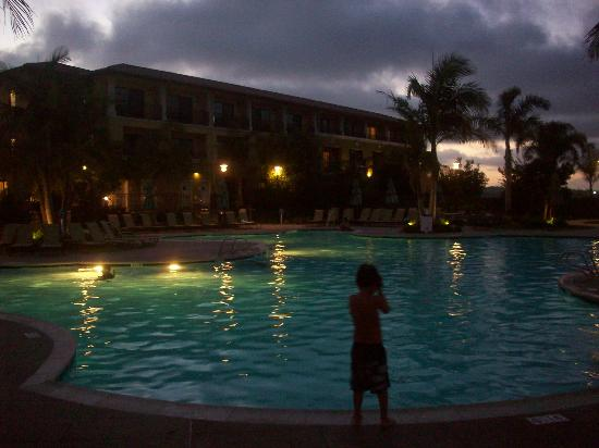 Sheraton Carlsbad Resort and Spa : Night swimming- heated pool! :)