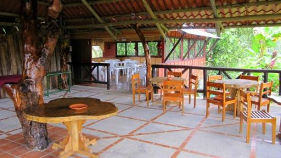 Siloe Lodge: The rancho - nice for parties, gatherings or evening card games.