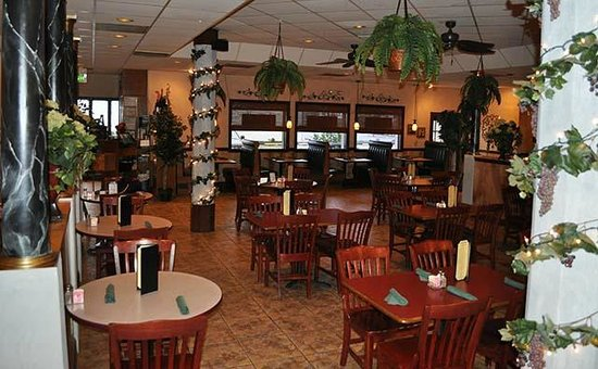 Fratelli S Italian Restaurant Dining Room This Photo Is From Their Website