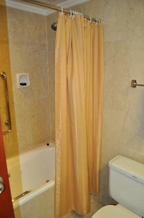 ميليا كوالالمبور: The Shower 