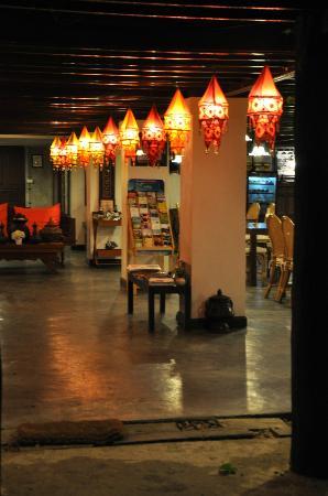Chompor Lanna: Lobby