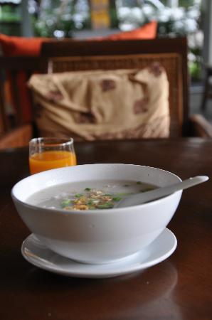 Chompor Lanna: Breakfast