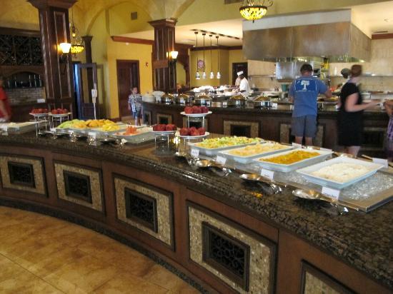 Beaches Turks & Caicos Resort Villages & Spa : mario's buffet