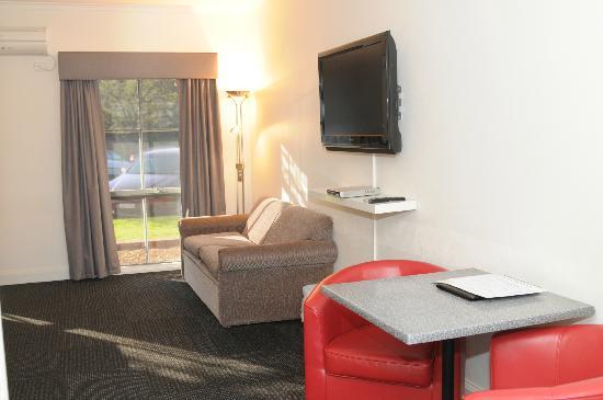 Caledonian Hotel: Newly Refurbished Room