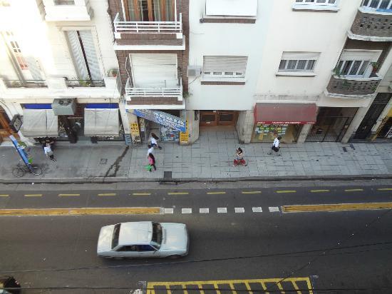 Hotel A&B Internacional: Vista da rua