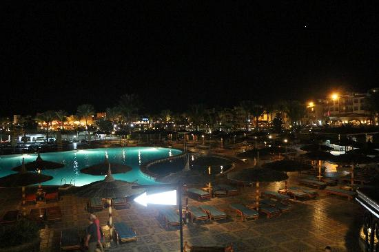 Dana Beach Resort: piscine