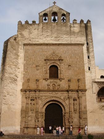 Ex Convent of Acolman: Fachada del ex convento de Acolman