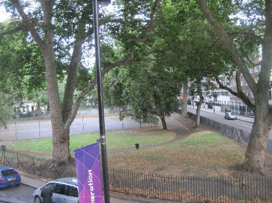 Harlingford Hotel: View from room to left-Cartwright Gardens