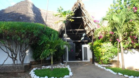 Dorado Cottage: ingresso villaggio