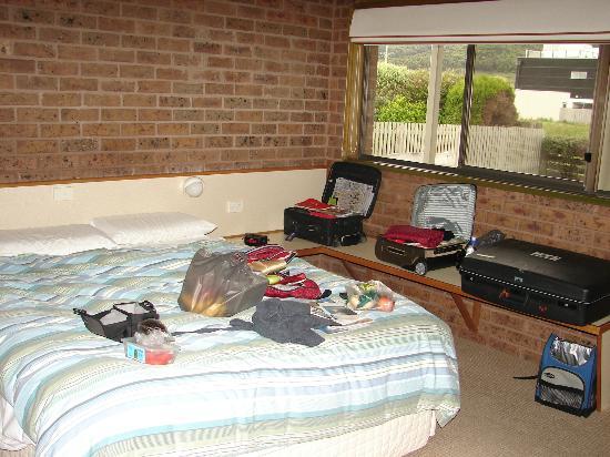 Studio room at Beachfront Motel, Apollo Bay