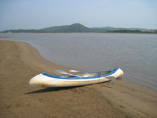 Amatikulu Nature Reserve: Canoe to river mouth