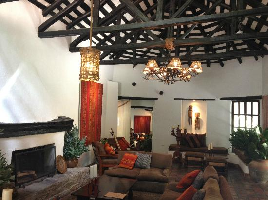 Inkaterra Machu Picchu Pueblo Hotel: Comfortable lounging areas
