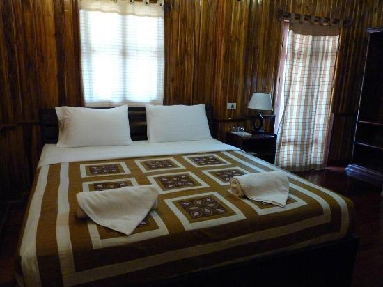 Alounsavath Guesthouse 사진