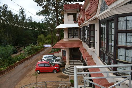โรงแรมดาฉาน: hotel darshan ooty