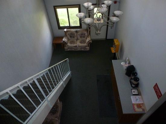 Budget Inn Ontario: Hall de entrada