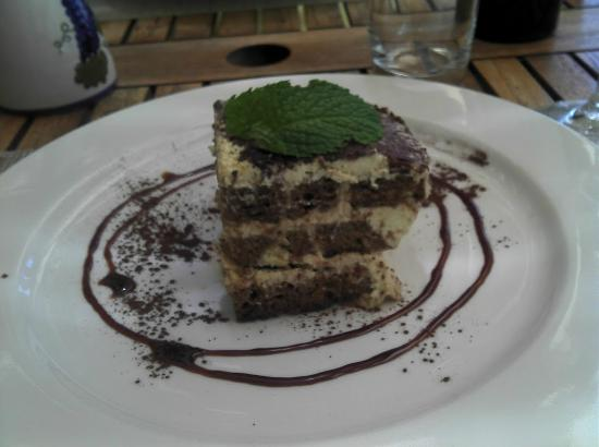 Long Table Restaurant: Tiramisu