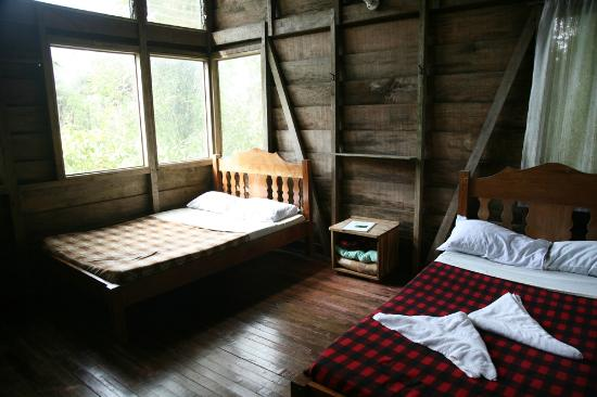 Rara Avis Rainforest Lodge & Reserve: River-edge cabin