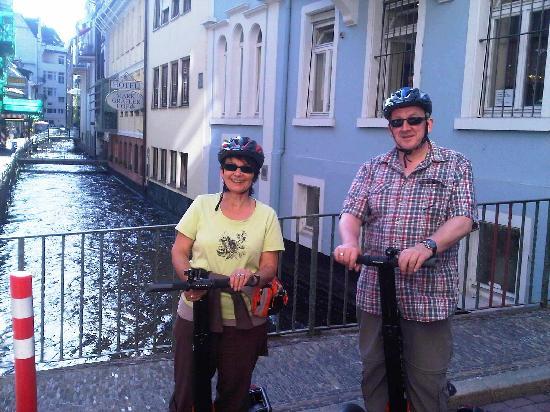 Freiburg im Breisgau, Germany: Gruppenbild in der Fischerau