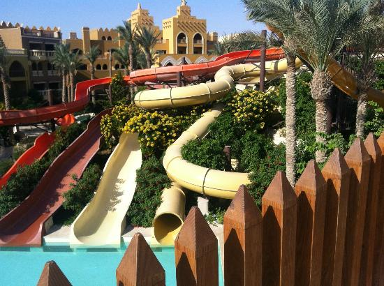 Sunwing Waterworld Makadi Hotel: ANOTHER SLIDE VIEW