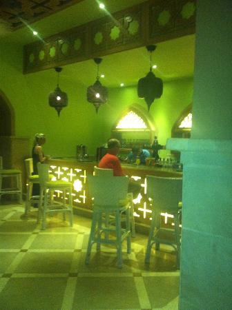 Sunwing Waterworld Makadi Hotel: LIME BAR