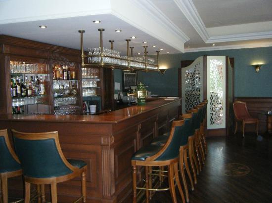 Hotel Am Schlosspark: Pub