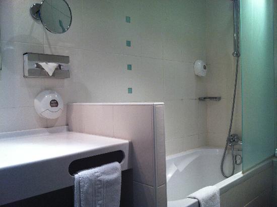 Hotel Bastille Speria : chambre 203