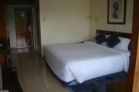 Sarova Panafric: Clean and spacious room