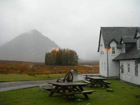 Kings House Hotel: Weather not so good