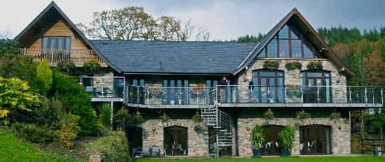 Image Canada Lodge in South Wales