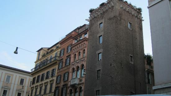 Residenza Torre Colonna: Our medieval tower