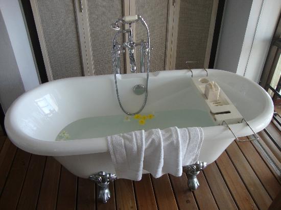 เดอะ ชอร์ แอท กะตะธานี: I had a bath every day