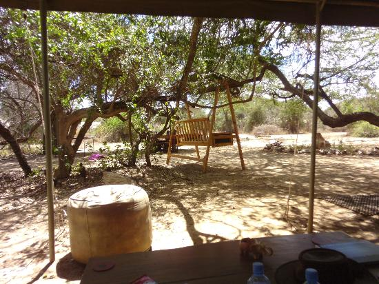 Porini Amboseli Camp: In the dining/sofa area