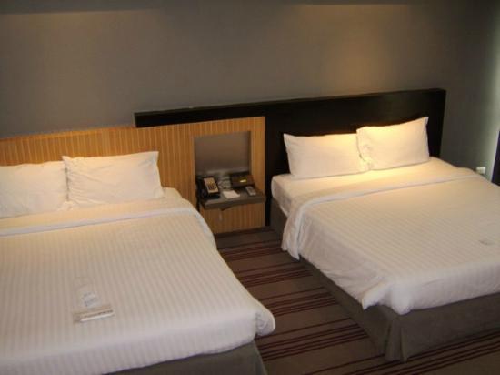 BelAire Bangkok: beds