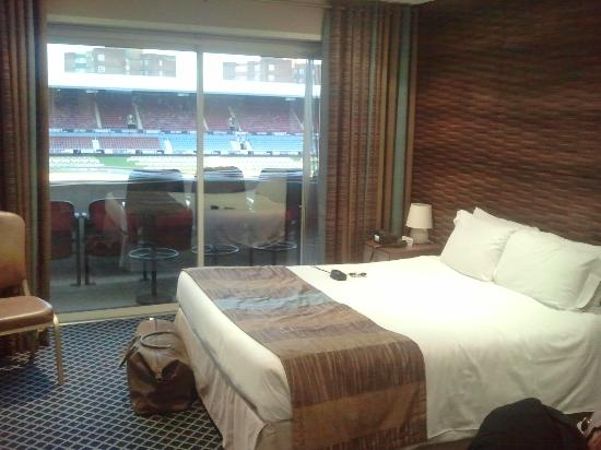 West Ham United Hotel: room
